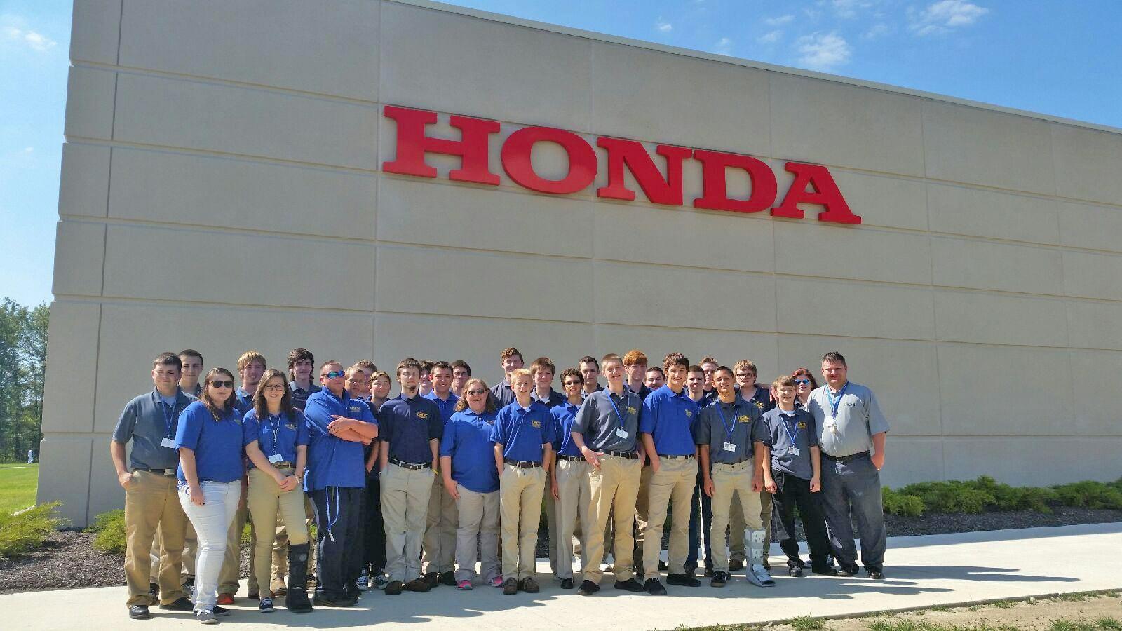 trcc ramtec engineering tech students visit honda training
